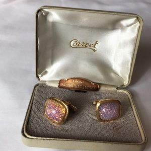 Stunning Gold and Pink cufflinks 10 kt gold ovrly